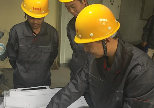 宏源暖通施工安装团队